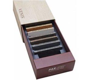 Boîte de présentation nuancier échantillons carrelage avec calage en PVC thermoformé - packaging carton sur mesure